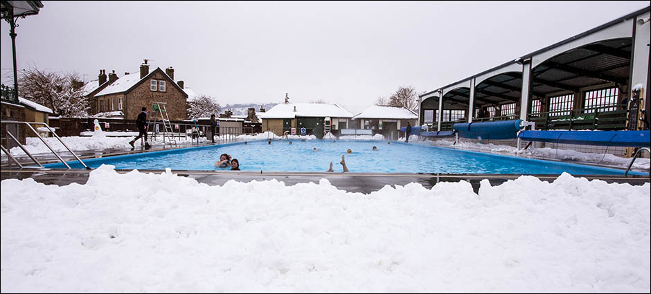 Hathersage swimming pool from shallow end hathersage swimming pool Wellington swimming pool opening times